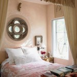 Bianchi's Favorite Fabric - Antique voile curtains define the master bedroom's sleeping alcove. An 18th-century toile serves as the bedspread.