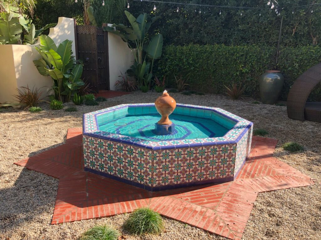 outdoor fountain at the Santa Monica Spanish Colonial